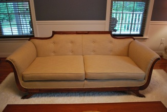 beautiful couch_front
